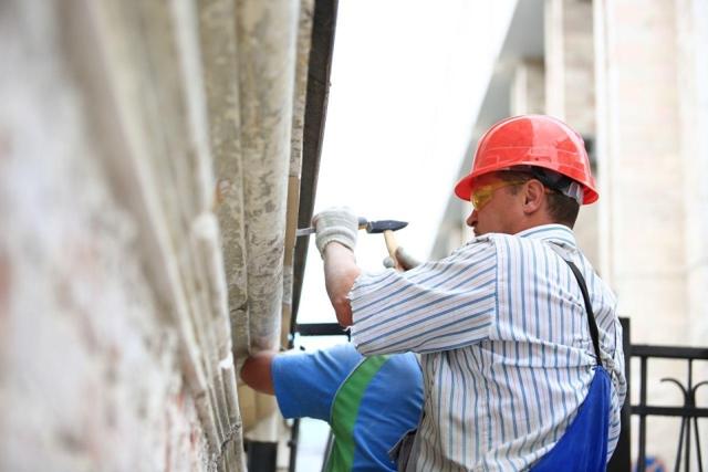 Куда идут и уходят деньги на капитальный ремонт дома: как узнать, сколько средств на счету капремонта?