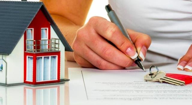 Поэтапное рассмотрение приватизации квартиры через МФЦ и Госуслуги, а так же полный перечень документов  необходимые для предоставления
