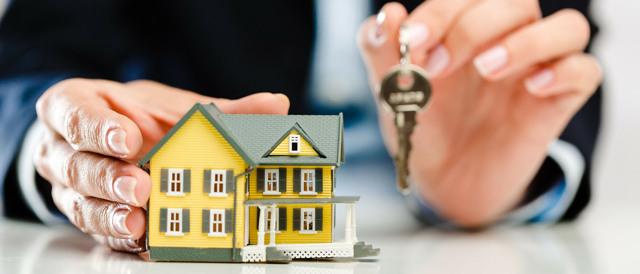 Не знаете с чего начать необходимую подготовку для покупки и  продажи своей доли в квартире другому собственнику? Детальное рассмотрение: какие документы потребуются при продаже