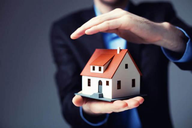 Страхование квартиры от затопления и пожара: как и где лучше оформить полис в случае залива дождем крыши, прорыва канализации и разрушений, а также образец договора
