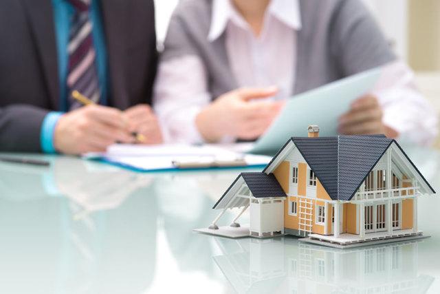 Стоимость страхования квартиры по ипотеке: сколько стоит (цена) для объекта недвижимости или имущества, можно ли не страховать жилье, чтобы не платить за это, а также какие документы нужны для страховки и каковы тарифы СОГАЗа и других компаний?