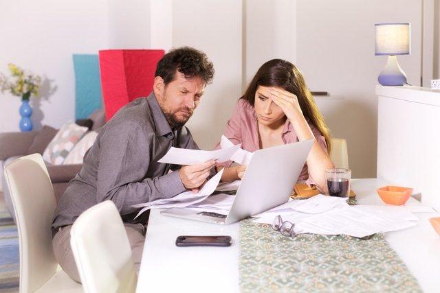 Дают ли ипотеку с плохой кредитной историей: можно ли взять ее в таком случае, одобрят ли, дадут ли, как оформить, если история испорчена, как её улучшить и можно ли получить