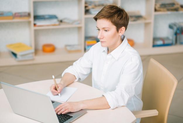 Как правильно составить жалобу или написать заявление в управляющую компанию? Образец жалобы на ЖКХ