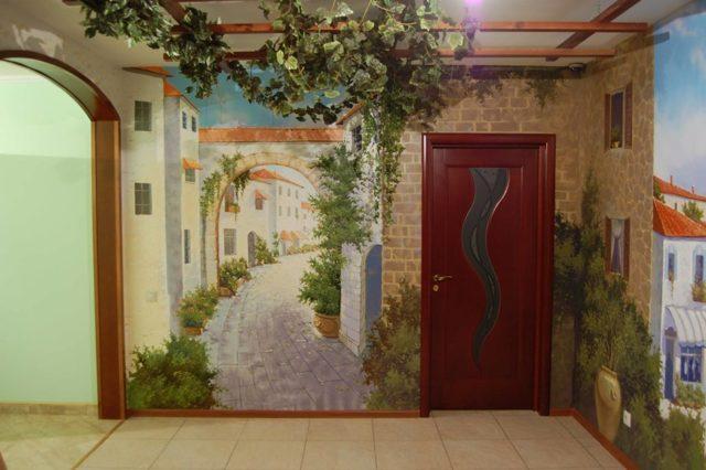 Ремонт подъездов многоквартирного жилого дома и его этажей: что это такое, как надо проводить косметический и другие виды, а также фото образца