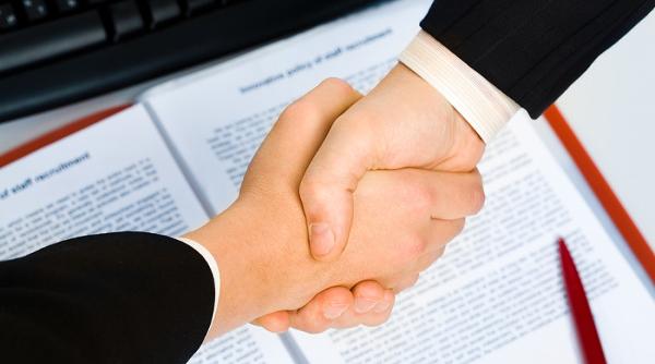 Договор безвозмездного пользования нежилым помещением: образец соглашения об аренде, скачать бланк документа, нужна ли регистрация ссуды между физ. и юр. лицами?