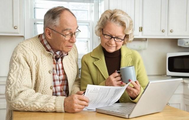 Налог на гараж для пенсионеров: должен ли платить сбор за землю под имуществом, а также льготы по ставкам у этой категории граждан, в том числе при продаже, аренде