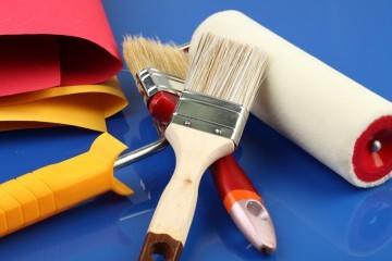 Взнос на капитальный ремонт и содержание и ремонт жилья - в чем отличие: является ли капремонт коммунальной услугой, относится ли он к ним, а также как эта разница отображена в квитанции?