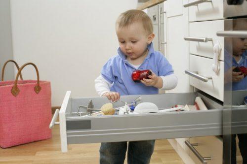 Когда возможно выселение несовершеннолетних детей из жилого помещения: общие правила процедуры