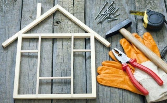 Компенсация, если есть аварийное жилье: что это такое, как получить выкупную цену за квартиру в ветхом доме с учетом рыночной стоимости или равную недвижимость?