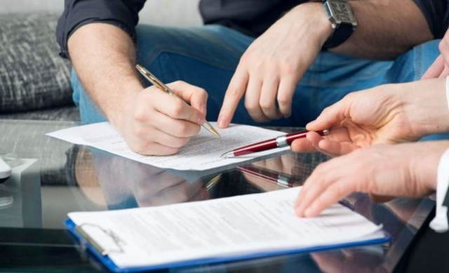 Нотариальное согласие супруга на покупку недвижимости в ипотеку: образец документа, нужно ли оформлять для продажи квартиры, если собственник один, сколько стоит составление, а также может ли жена взять жилищный кредит без разрешения мужа?
