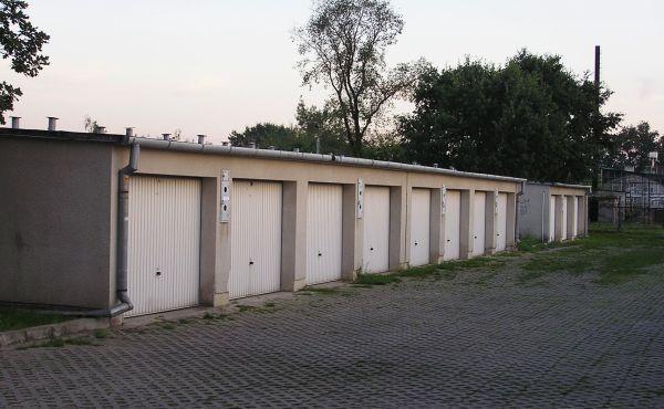 Сколько стоит и каковы особенности приватизации земли под гаражом в гаражном кооперативе?