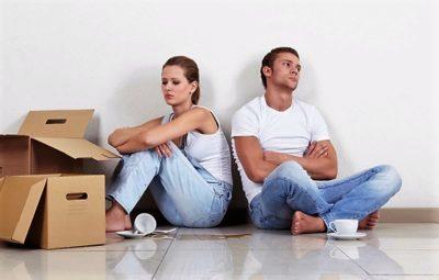Могу ли выписать прописанного человека из квартиры, если я собственник? Как это сделать с не владельцем жилья? Может ли еще кто-то это осуществить?