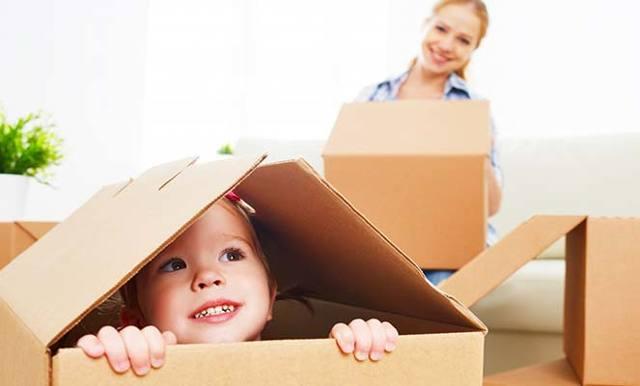 Как продать квартиру, если прописаны несовершеннолетние дети: возможна ли продажа квартиры и её покупка, выписка и прописка малолетних детей