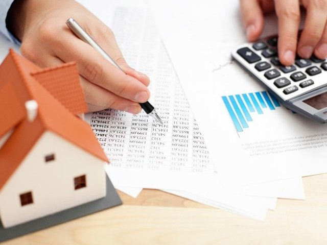 Материнский капитал на ипотеку мужа: можно ли мужу погасить таким способом, то есть может ли он так поступить, если жилищный кредит оформлен на него, а также на кого оформлять маткапитал?