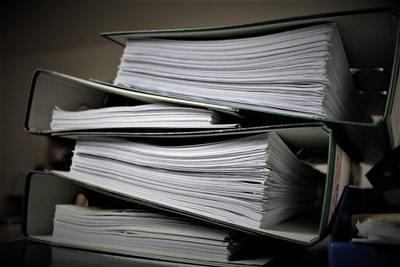 Устав ЖСК: что это такое, есть ли у управляющего органа право вносить изменения в деятельность, кого извещать о новой редакции и образец типового документа