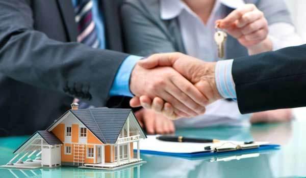 Через какое время можно продать квартиру, полученную в наследство, после вступления в права и какой нужно заплатить налог? Возможна ли продажа недвижимости, что менее 3 лет в собственности?