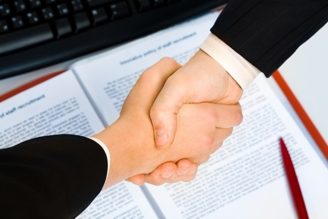 Где производится, каков срок и необходимые документы для регистрации договора купли-продажи квартиры в регистрационной палате?