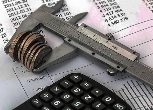 Льготы на квартплату малоимущим: государственная поддержка оплаты коммунальных услуг и ЖКХ для безработных и малоимущих семей