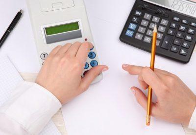 Учет в ЖСК: что это такое, как составить смету, какие расходы в нее включаются, а также особенности баланса, налоги по общей системе и УСН, проводки бухгалтера