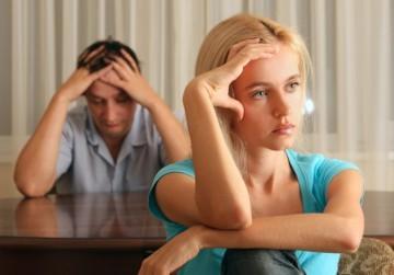 Что делать,если купил квартиру с прописанным человеком и из которой не было выписки при продаже собственником